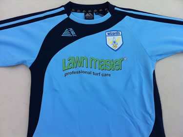 Lawn Master sponsor Winklebury Wizards associated with Reading FC