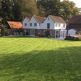 Lawn care in Marlow